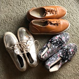 Lot of 3 pairs of shoes with hidden wedge, 7(38)